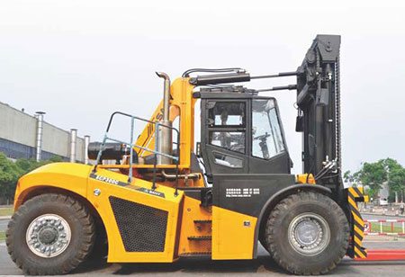 Heavy Duty Forklift Trucks:SCP300C